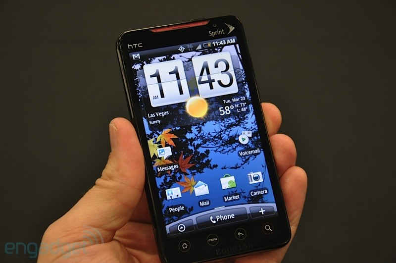 htc-evo-4g-14-hands.jpg